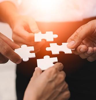 Qui sont les principales organisations liées à la relation client ?