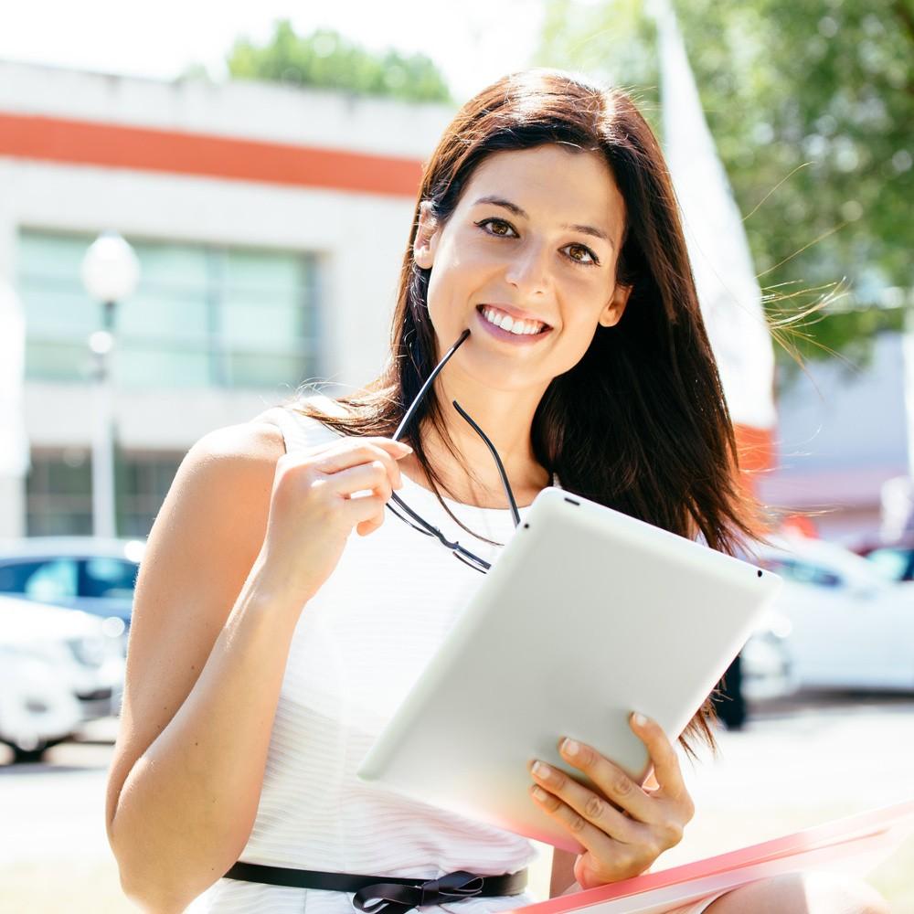 Le statut d'auto-entrepreneur est accessible à toute personne physique.