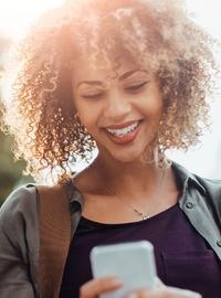 Couverture livre blanc Cinq tendances technologiques qui révolutionnent l'expérience client
