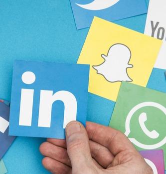 Comment trouver des influenceurs sur les médias sociaux ?