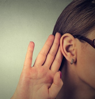 10 applications pratiques du social listening