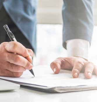 Gestion des contrats : 3 astuces rapides pour travailler plus intelligemment et plus rapidement